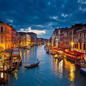 Italy-Venice-Canal-500